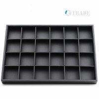 Табла за бижута 24 квадрата черна еко кожа