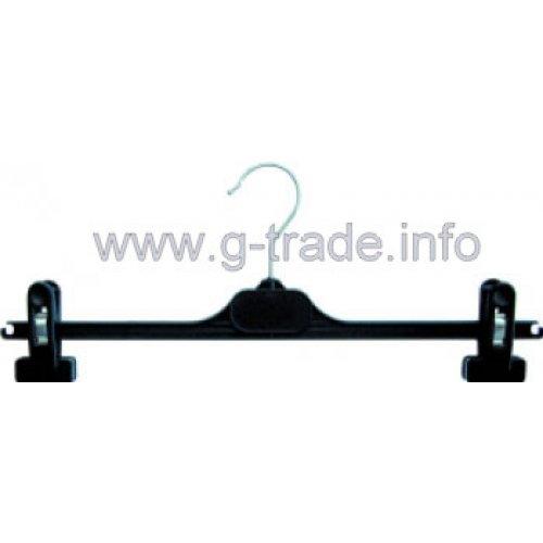 Пластмасова черна закачалка с щипки
